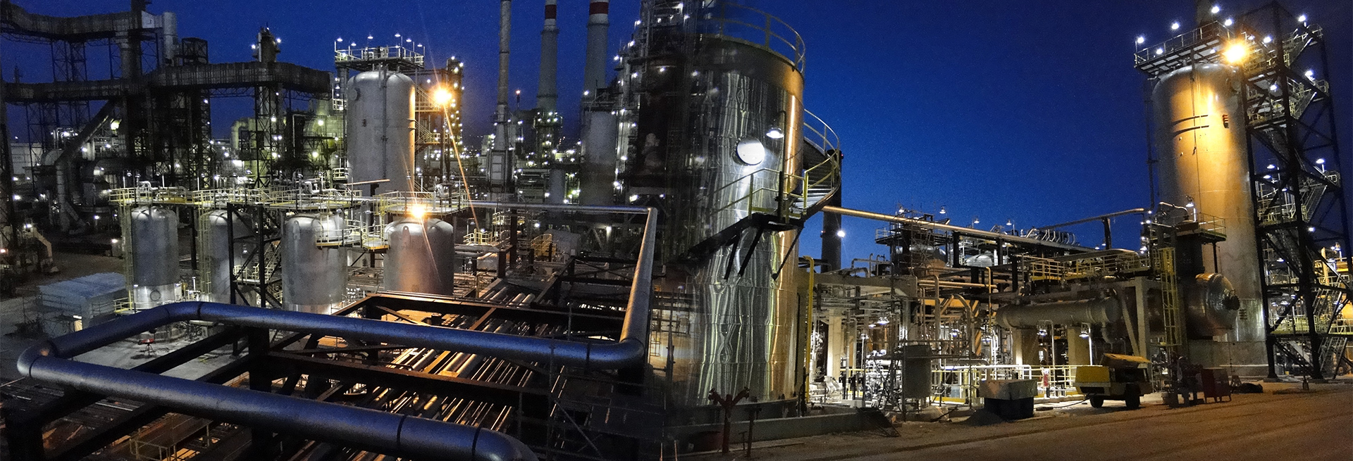 Endüstriyel Borulama ve Tanklar